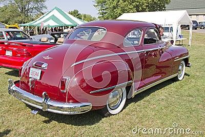 Vista posterior 1948 del coche de DeSoto Foto editorial