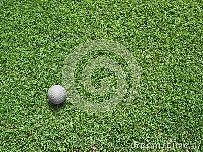 Vista superior da esfera de golfe
