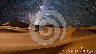 Vistas de surpresa do deserto sob o céu estrelado da noite Timelapse video estoque