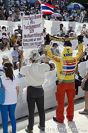 Vit maskeringsrörelse Thailand Redaktionell Fotografering för Bildbyråer