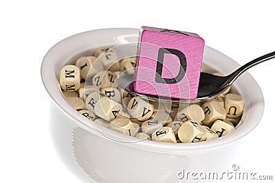 Vitamine-rijke alfabetsoep die vitamine D kenmerkt