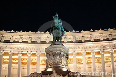 Vittoriano by night - Rome