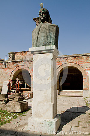 Vlad Tepes Dracula Statue, Old Princely Court
