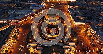 Vogelperspektive auf des der Kathedrale St. Isaacs, Mitte von St Petersburg Ansicht über Vasilievsky-Insel stock video