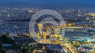 Vogelperspektive in quadratischem Portal- De-Lapau-Tag zum Nacht-timelapse in Barcelona, Katalonien, Spanien stock footage