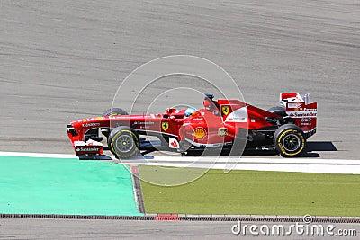 Voiture de course f1 conducteur fernando alonso de - Photo voiture de course ferrari ...
