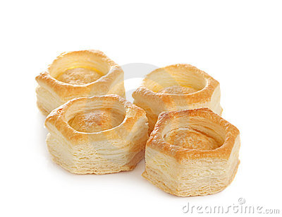 Vol-au-vent pastry shell