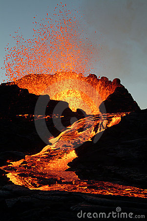 Free Volcano Eruption Royalty Free Stock Photography - 3075187