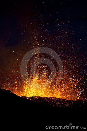 Free Volcano Eruption, Fimmvorduhals Iceland Royalty Free Stock Images - 14369609