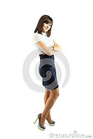 Volledig lichaamsportret van gelukkige glimlachende bedrijfsvrouw