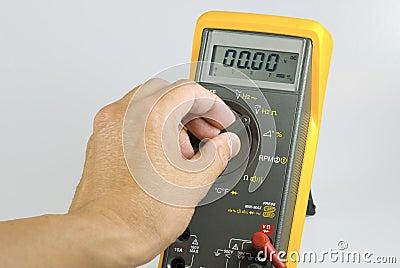 Volt Meter2