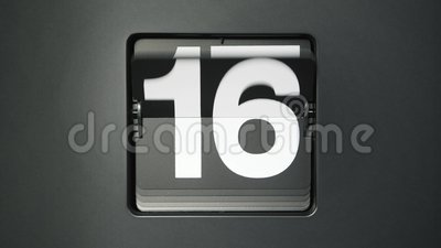 Voltear calendario mostrando los días del mes almacen de metraje de vídeo