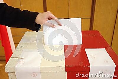 Voto de la elección local Foto editorial