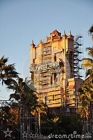 Värld för disney hollywood hotelltorn Redaktionell Bild