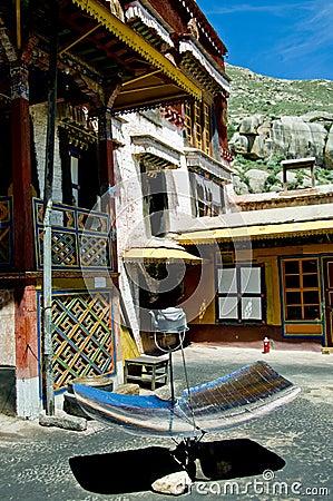 Värmande upp sol- tibet