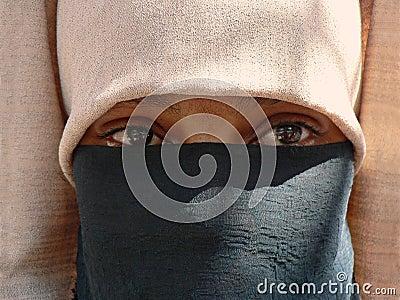 Vrouw in sluier