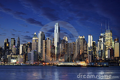 Vue étonnante vers New York Manhattan - New York City