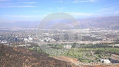 Vue aérienne du paysage urbain de Burbank clips vidéos