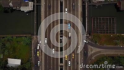 Vue aérienne du trafic de Bangkok dans le survol aérien clips vidéos