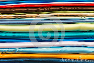 Pile Du Tissu En Soie De Diff Rentes Couleurs