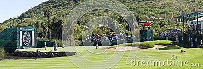 Vue panoramique sur le 17ème vert - NGC2010 Image stock éditorial