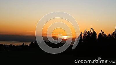 Vue sur le coucher du soleil banque de vidéos