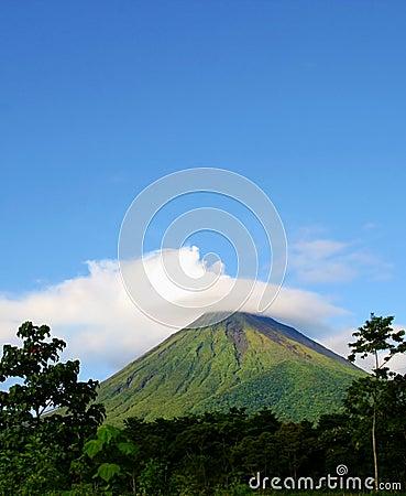 Vulcão de Arenal em Costa-Rica