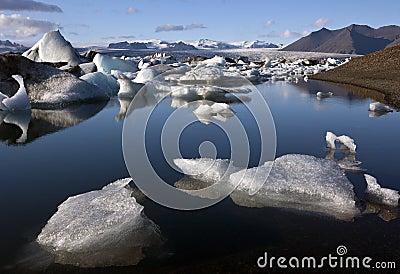W Iceland glacjalna Jokulsarlon laguna