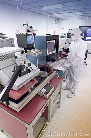 Free Wafer Analysis Lab Royalty Free Stock Image - 6876546