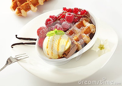 Waffle with icecream and berries