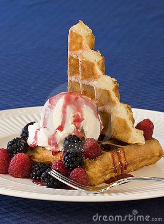 Free Waffles And Ice Cream Stock Photos - 10076763