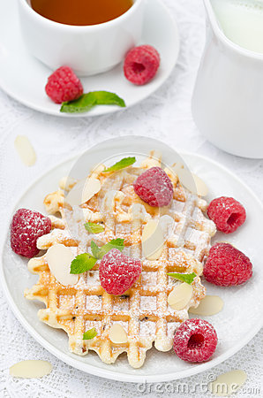 Free Waffles, Fresh Raspberries And Tea For Breakfast, Top View Stock Images - 31899674