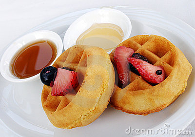 Waffles, fruit and maple syrup