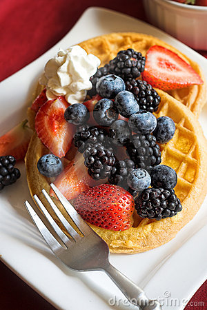 Free Waffles With Fruit Royalty Free Stock Photo - 5922075
