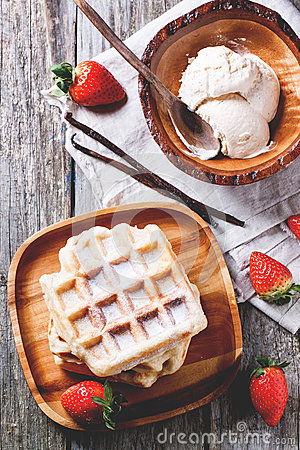 Free Waffles With Strawberries And Ice Cream Royalty Free Stock Photography - 38317717