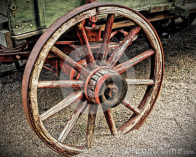 Wagon Wheel in HDR