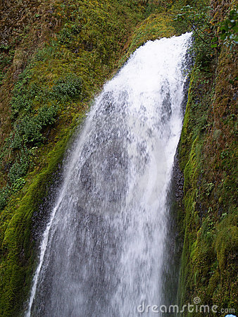 Free Wahkeena Falls Waterfall In Oregon Stock Photography - 7953122
