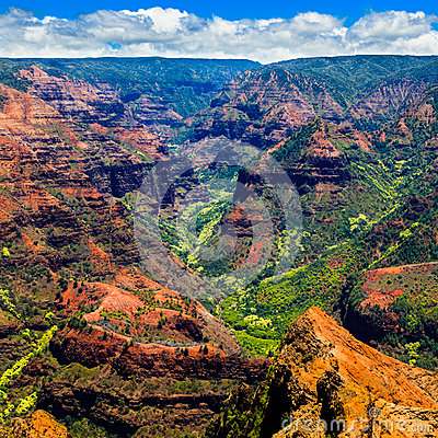 Free Waimea Canyon Royalty Free Stock Photography - 33230227
