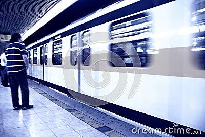 Waiting metro