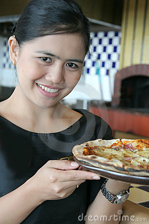 Waitress with pizza