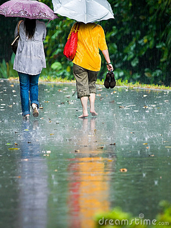 Free Walking In The Rain Royalty Free Stock Photo - 4362055