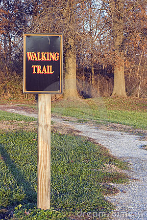 Free Walking Trail Royalty Free Stock Photography - 46967