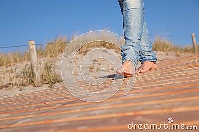 Walking traveling feet