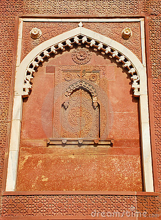 Wall decorate in Agra fort