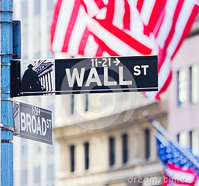 Free Wall Street Sign Royalty Free Stock Image - 56254196