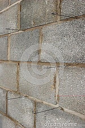 Wall Ties in Concrete Blocks