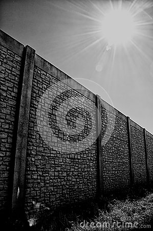 Wall with vanishing point and sun