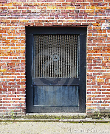 Free Wall With Ventilation Fan Royalty Free Stock Images - 11096419