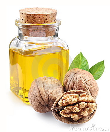 Free Walnut Oil And Nuts. Royalty Free Stock Images - 16724299