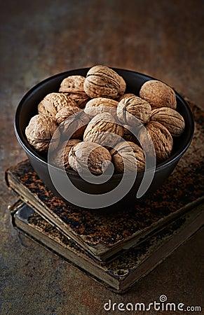 Free Walnuts In A Ceramic Bowl Stock Photos - 30923853